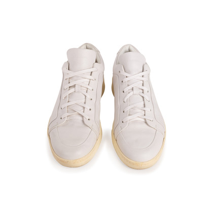 Authentic Second Hand Balenciaga Men's Urban Low-Top Leather Sneakers (PSS-567-00043)